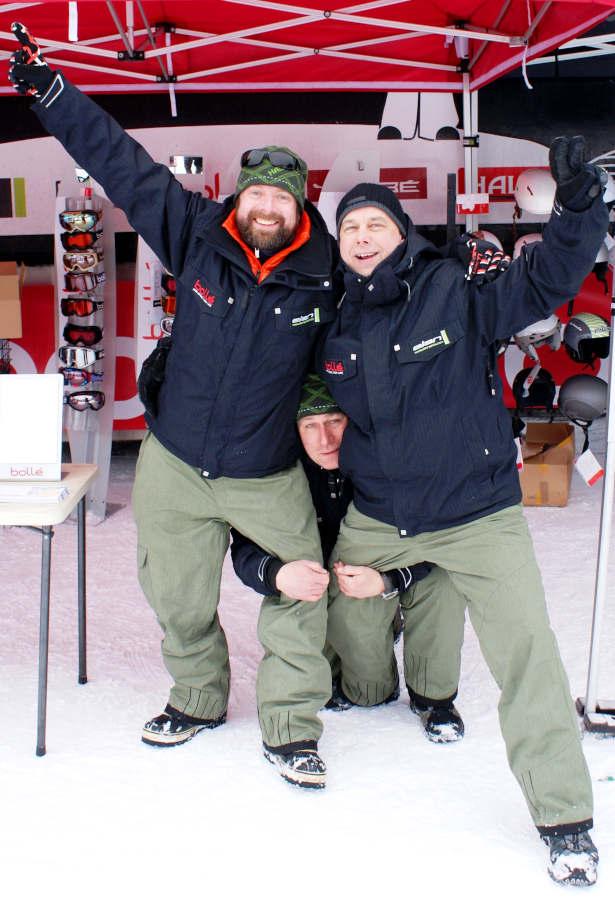 Elan Bollé Snowtour -henkilökuntaa vuodelta 2010.